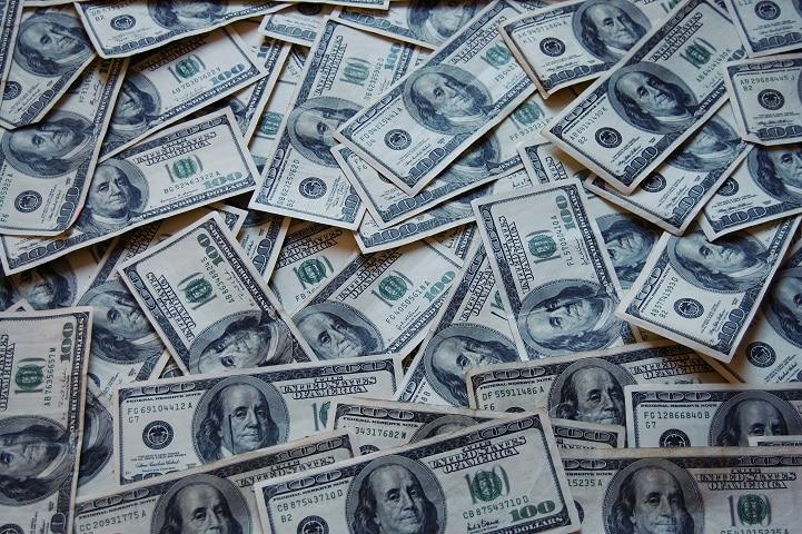 Oferte pentru refinantarea pe termen lung a creditelor de nevoi personale